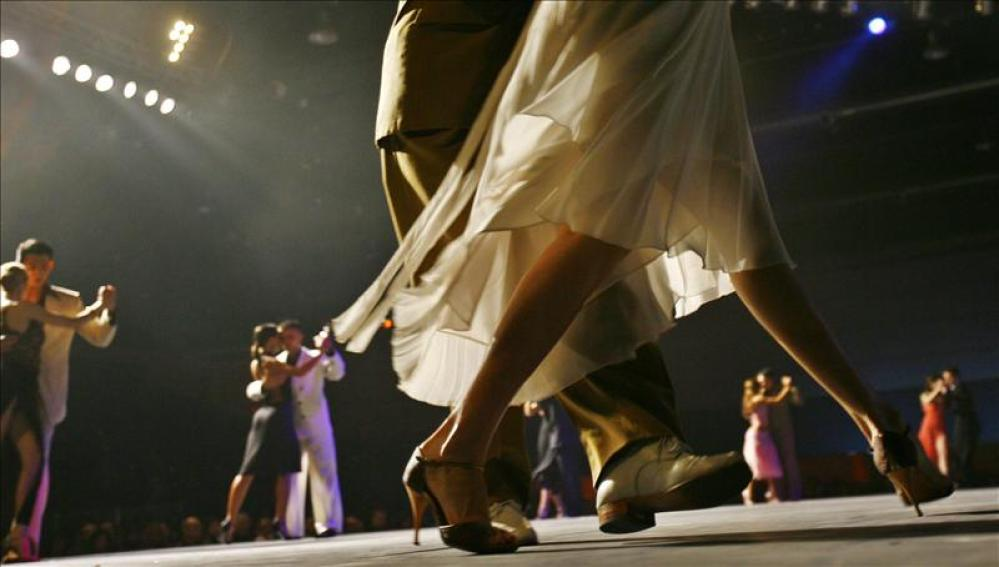CORRER Y FITNESS | ¿Por qué las bailarinas de tango tienen unas ...