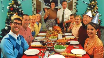 Una familia el día de Navidad