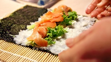 Así el nori te resultará más familiar, ¿verdad? Pues hay muchas más maneras de cocinarlas y comerlas.