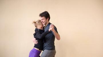 Aprender a seguir la música facilitará seguir a tu pareja