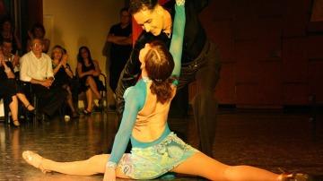 Baila tango y déjate llevar