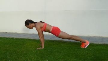 Plancha con salto a pies juntos (1)