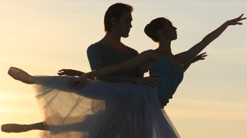 Las personas que bailan son seguras de sí mismas