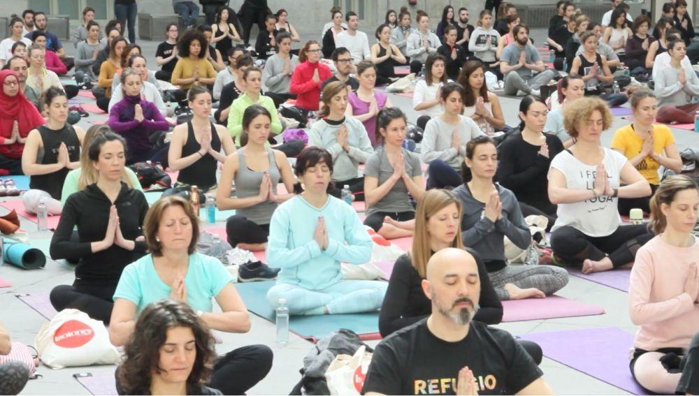 Yoga solidario
