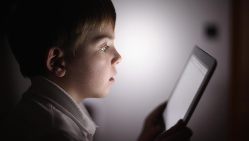 Hijos enganchados a la tableta