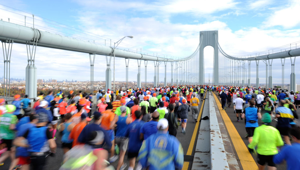 Corredores en el puente Verrazano, en la Maratón de Nueva York de 2013