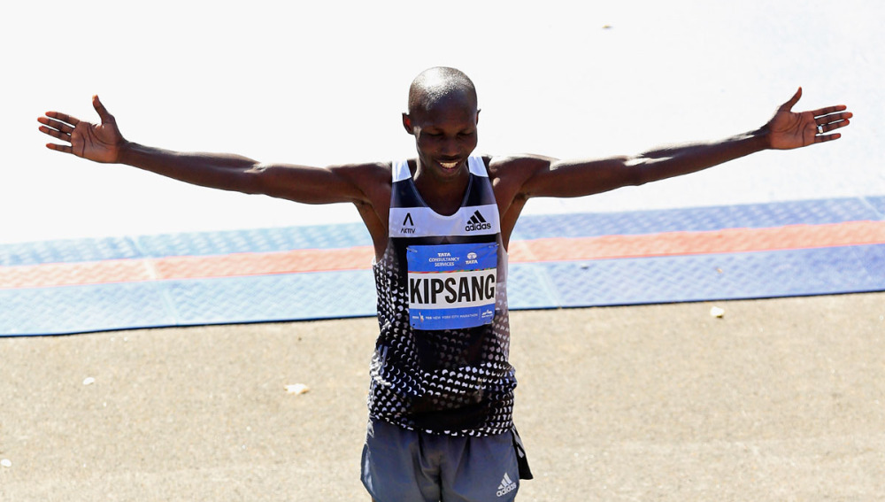 Wilson Kipsang celebra su triunfo en el maratón de Nueva York