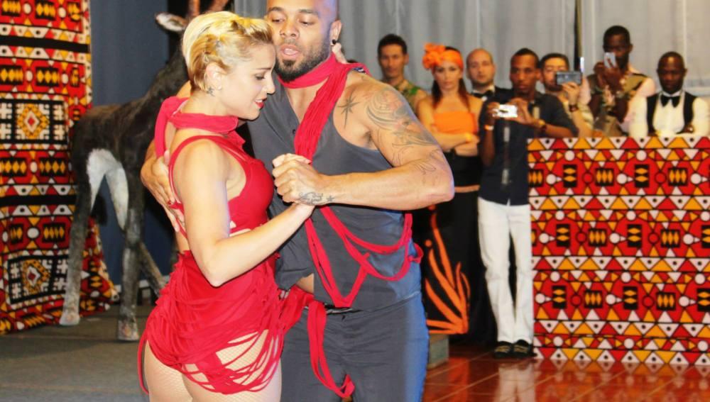Albir Rojas, con su hasta hace poco pareja de baile, Carola Tauler