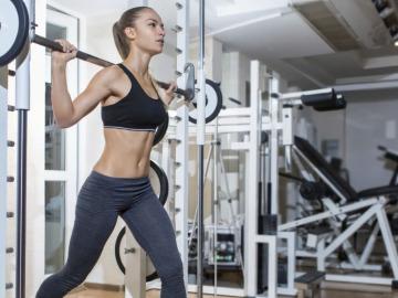 Las cinco tonterías que hacemos en el gimnasio y que te puede hacer perder la forma