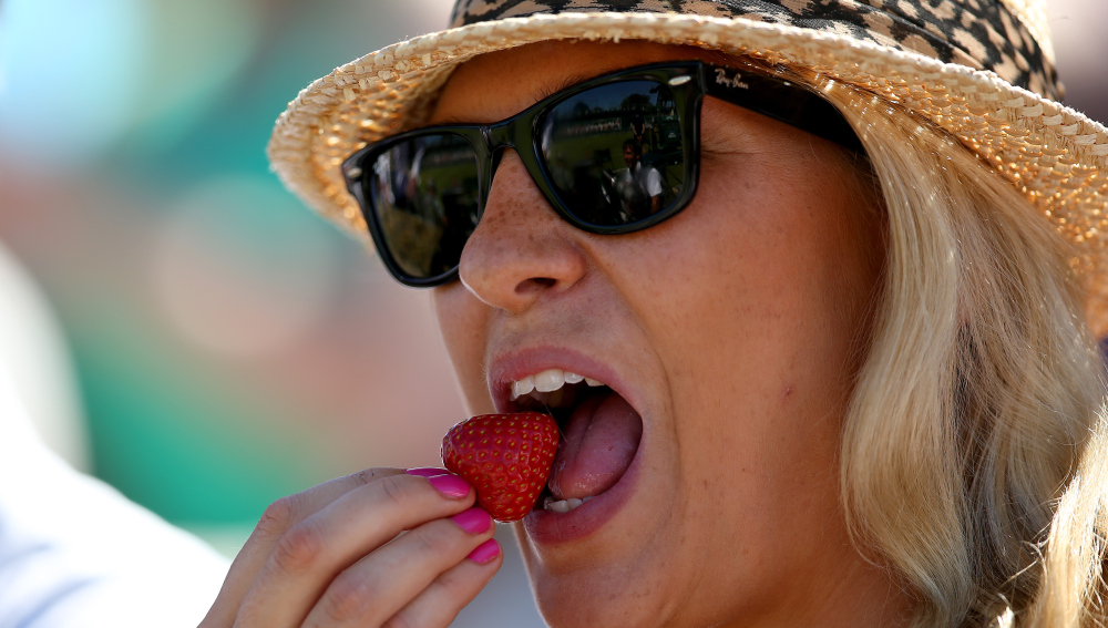 Una mujer come una fruta