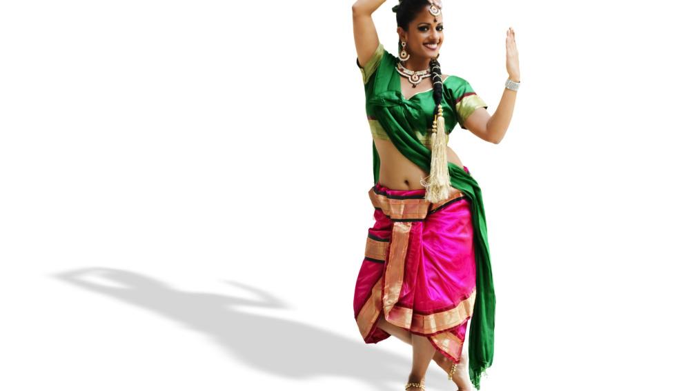 Eleva el pecho y tonifica los brazos a ritmo de Bollywood