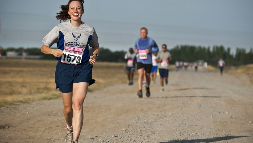 Una corredora feliz