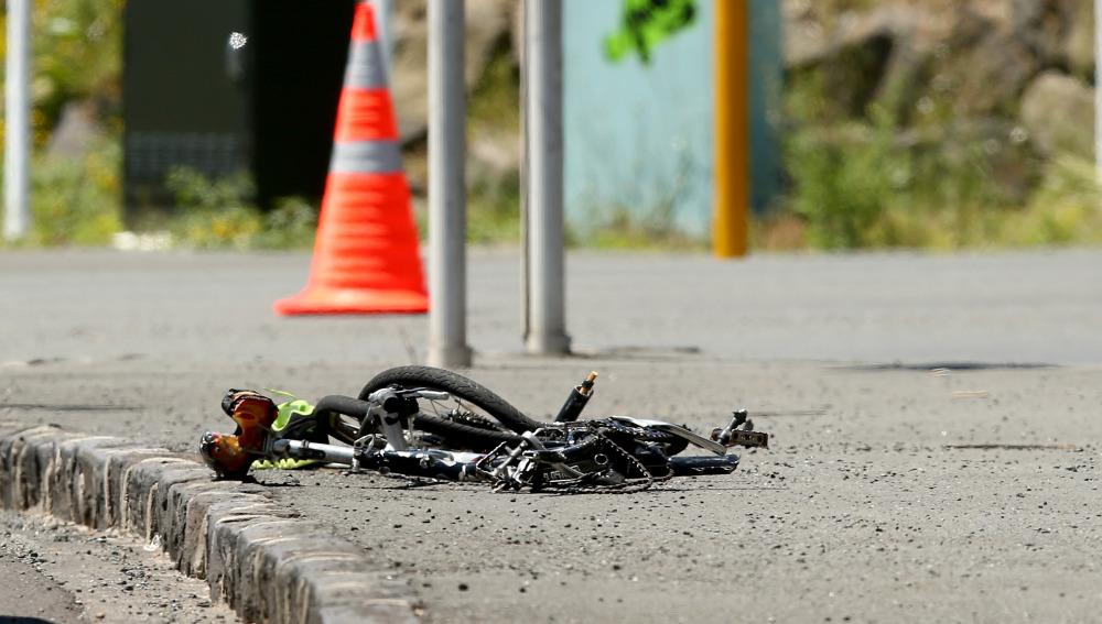 Bicicleta destrozada tras un accidente
