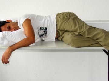 Darías tu brazo por echarte una siesta, todo el tiempo