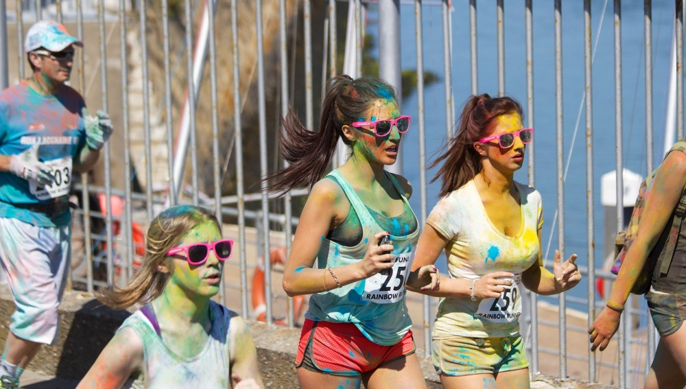 Participantes de la Color Run