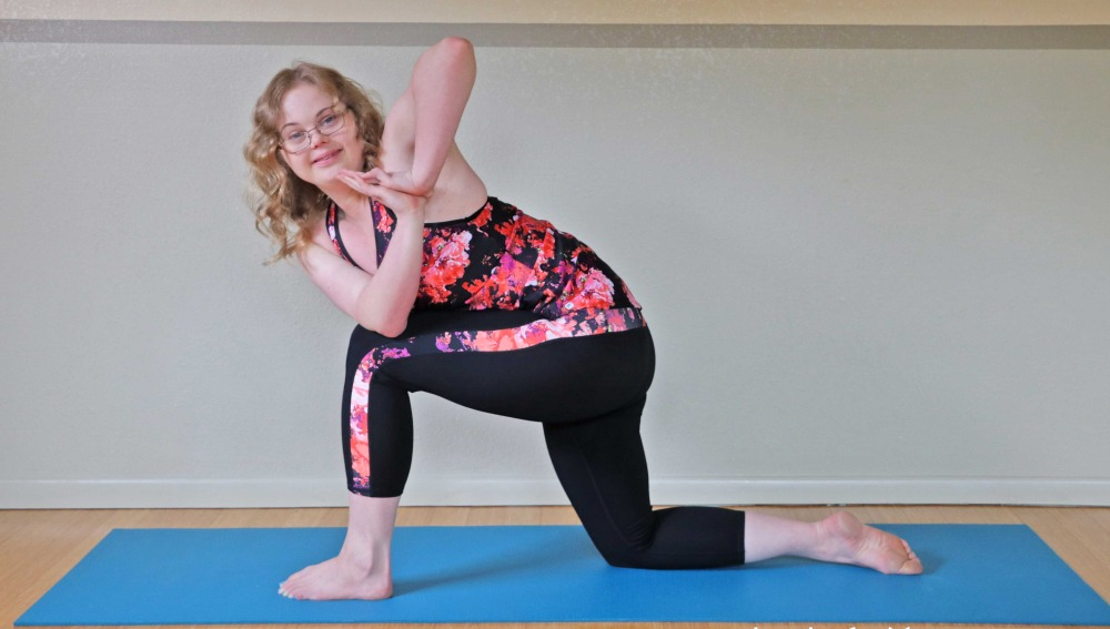 La primera profesora de yoga con síndrome de Down
