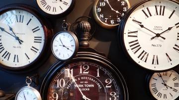 Varios relojes