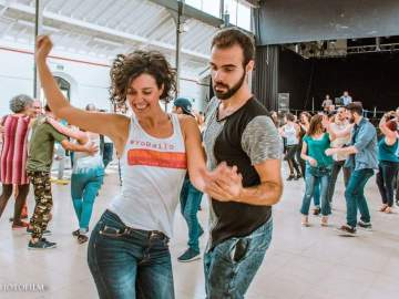 Sara Güemes y DJ Pablo Bat en la Mambiné segundo aniversario