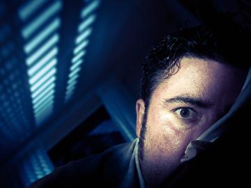 Si alteras tus ciclos de sueño no solo engordarás, puedes acabar mal de la cabeza