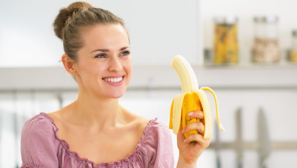 El plátano aporta numerosos beneficios para la salud