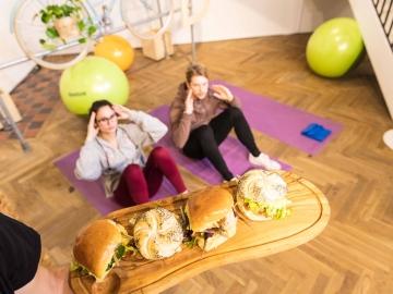 Si quieres una hamburguesa, necesitas hacer deporte
