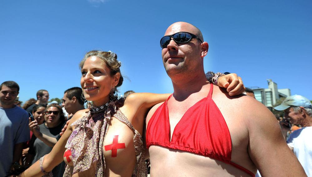 Topless en la playa