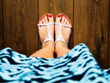 Bonitas sandalias, ¿pero qué opinan tus talones sobre ellas?