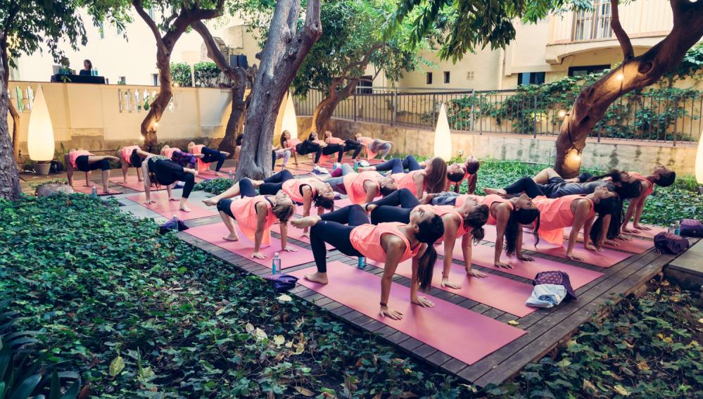 Sesión secreta de Yoga en Barcelona