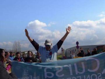 Miguel Ángel, un hombre de 57 años que participa en una carrera para homenajear a su donante