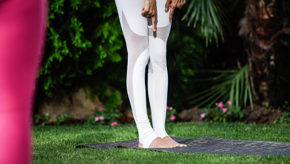 Yoga descalzo